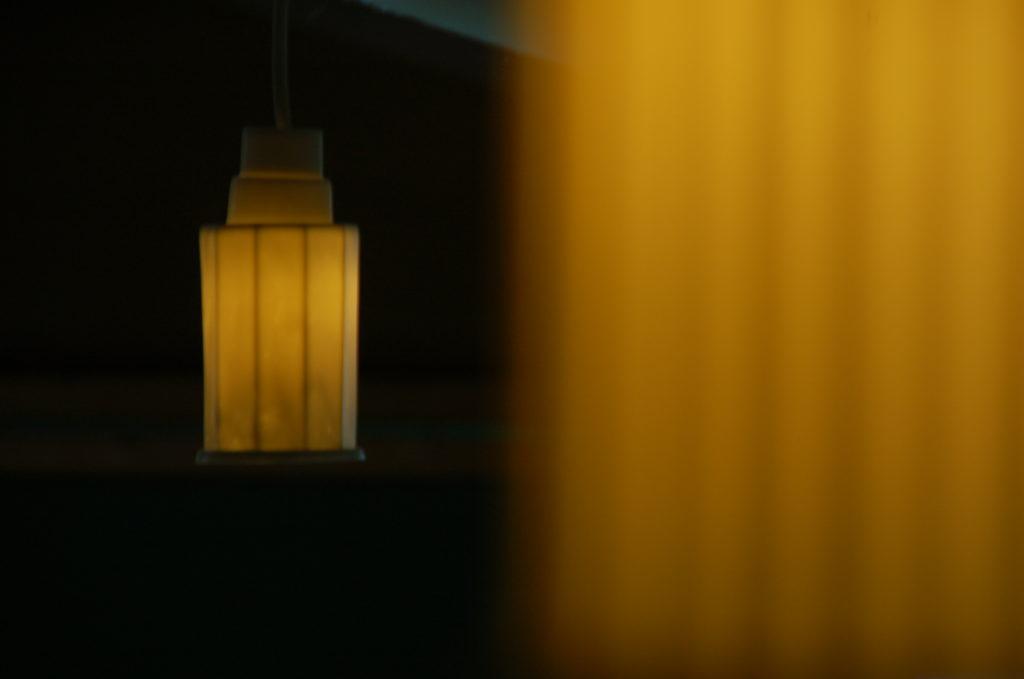 ARABICA et DECA, suspensions luminaires en porcelaine translucide