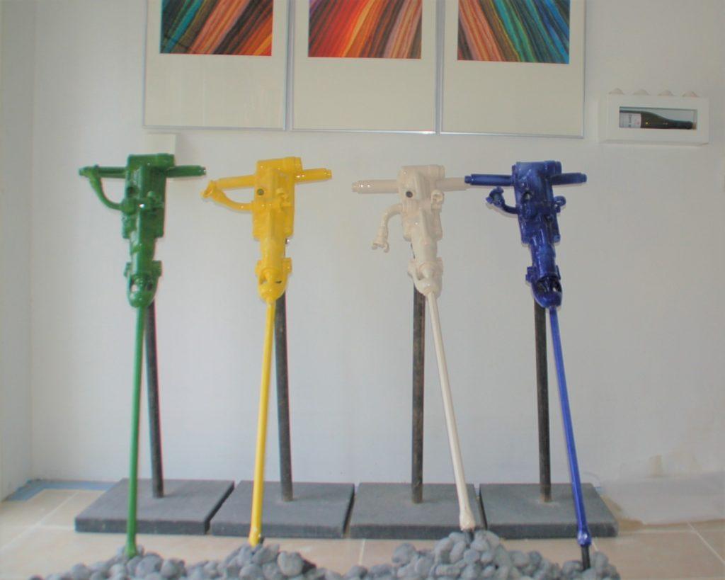 MARTEAUX PIQUEURS Moulages en Faïence 110 cm