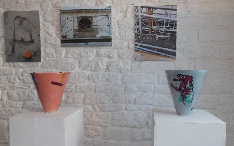 deux vases à l'exposition