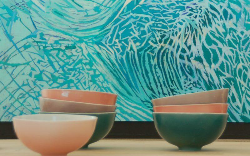 Aurore Bols en porcelaine émaillés dans les couleurs de l'aurore. fabrication artisanale française.